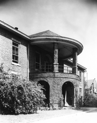 Crawford infirmary Portico 1956