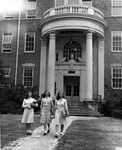 Kinard Hall ca. 1947, student on far right is Jean Crouch (later married Strom Thurmond)